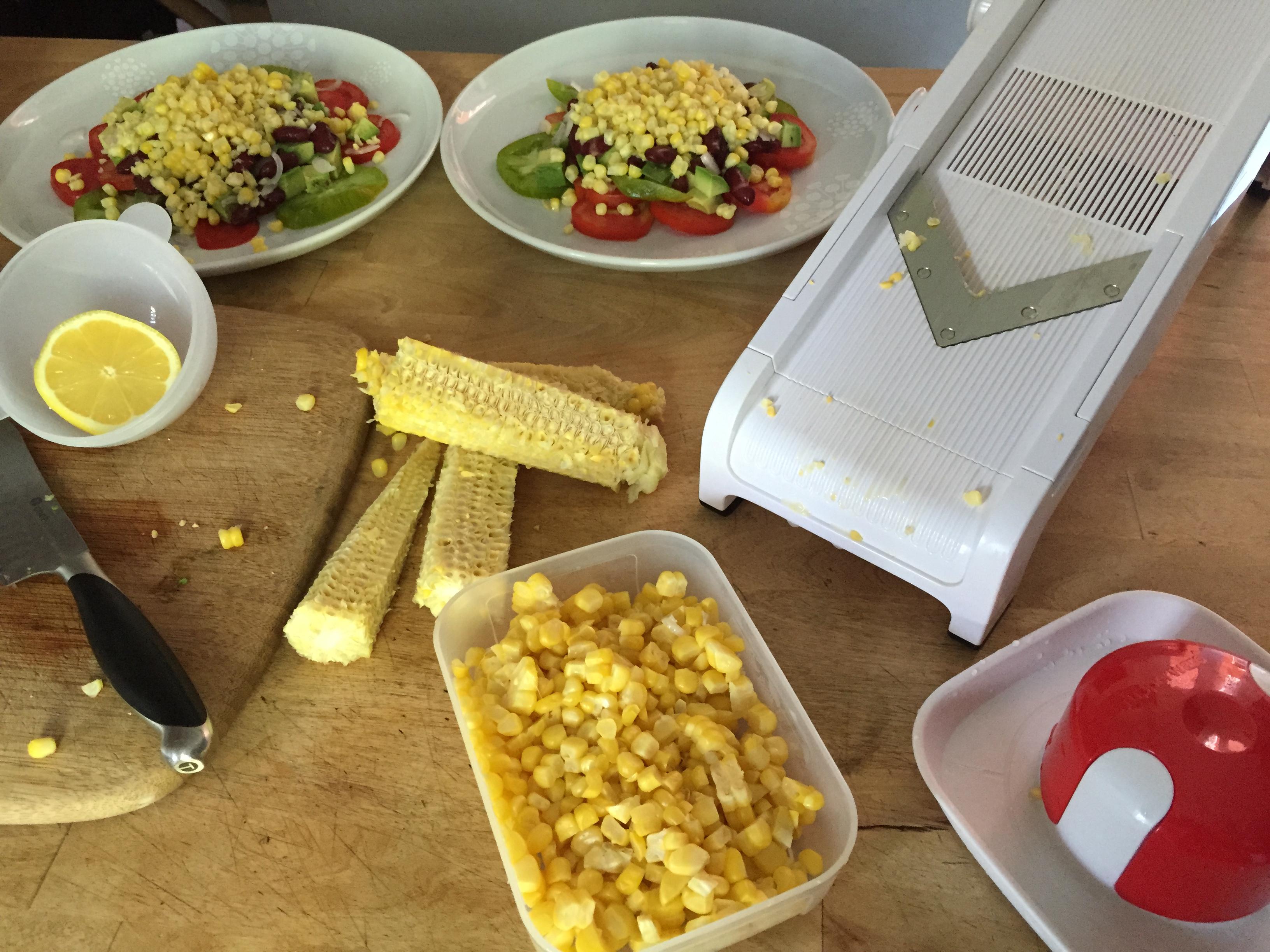 Whole kernel corn with the tupperware mandolin caroline schoofs ma vie en tupperware - Mandoline cuisine tupperware ...